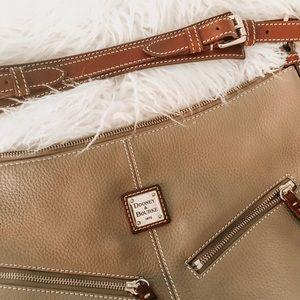 Dooney & Bourke Bags - Dooney & Bourke Bag •